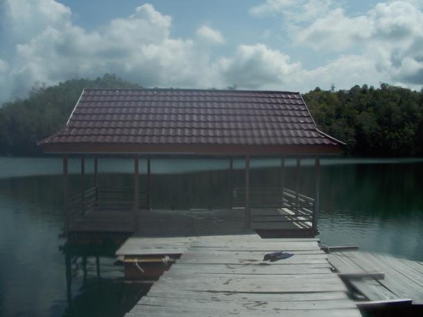 pemandangan danau mariona img